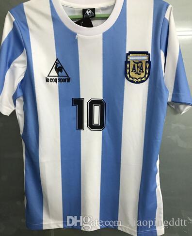 1b54dd8ca6 Compre Versão Retro Tops 1986 Copa Do Mundo Argentina Equipe Nacional  Camisas De Futebol 10 Messi Maradona AAA + Real Madird 04 05 Camisas De  Futebol De ...