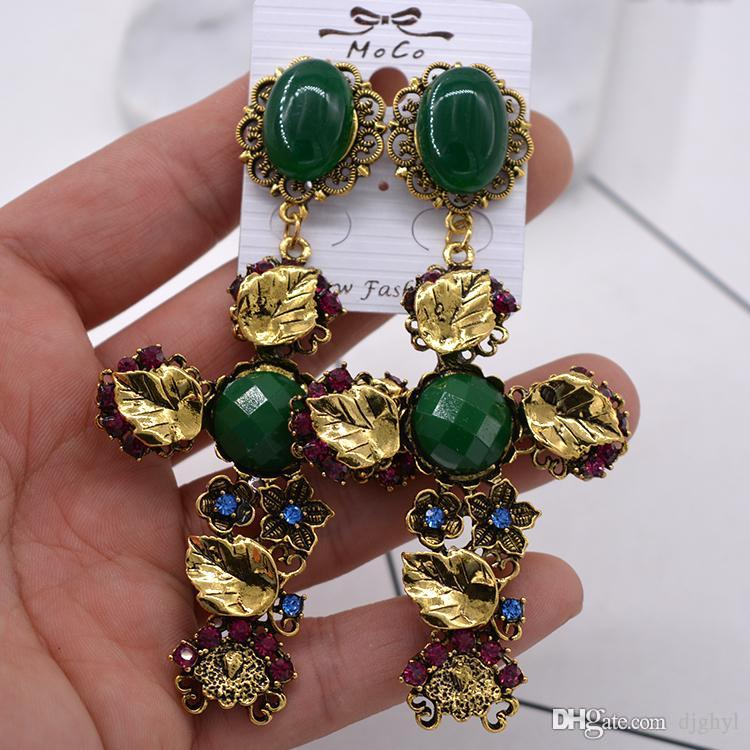New design baroque style brand vintage earrings retro big cross crystal earrings for women green rhinestone baroque fashion je
