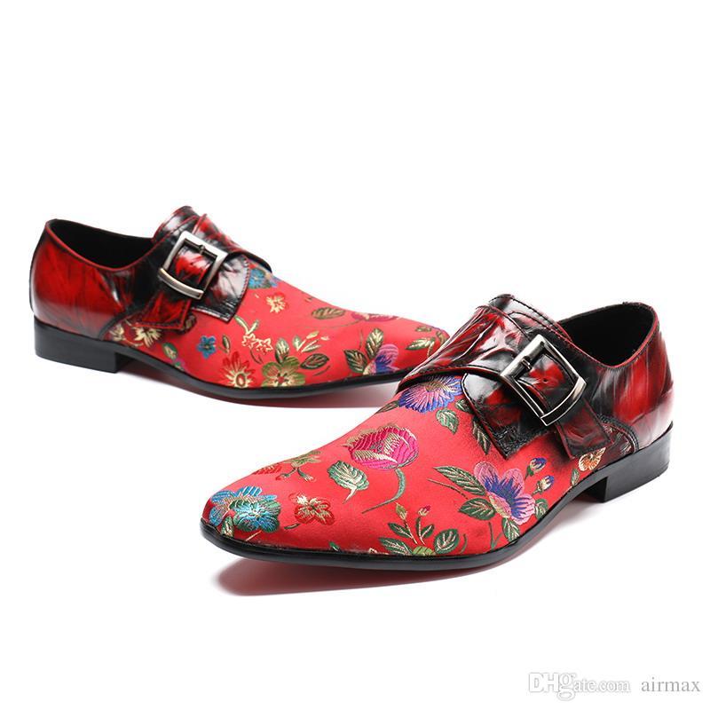 Lüks Erkekler Kırmızı Elbise Ayakkabı Moda Işlemeli Çiçek Sivri Burun Tekne Ayakkabı Toka Kayış Siyah Eğlence Kişiselleştirilmiş Ayakkabı