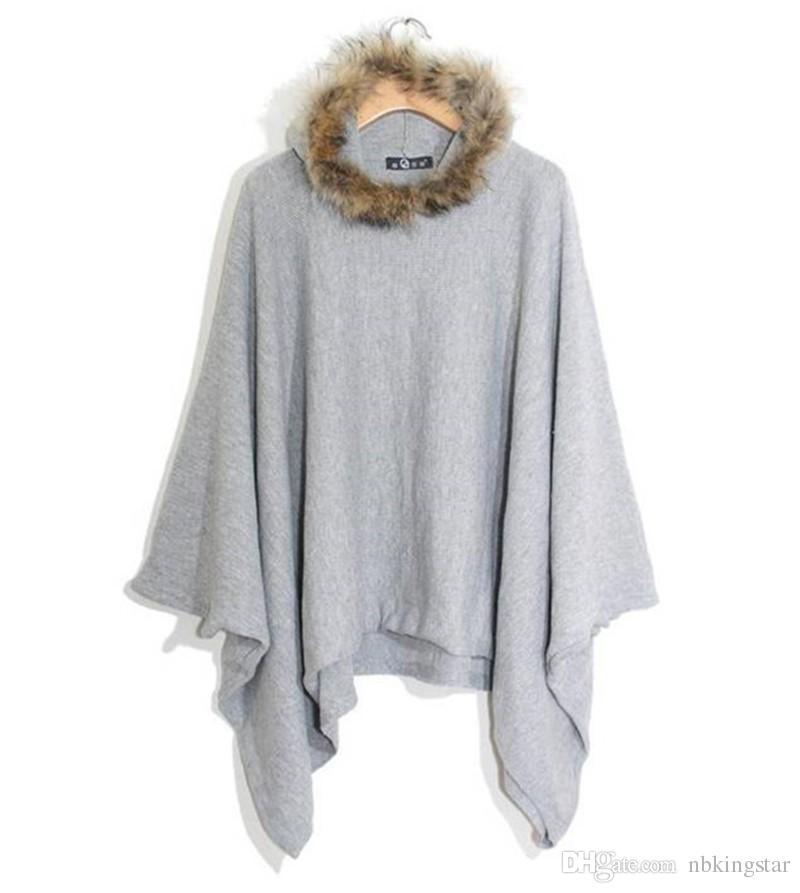 Cappotto caldo oversize con poncho a maniche lunghe a pipistrello con cappuccio in pelliccia sintetica con bordo in pelliccia sintetica invernale