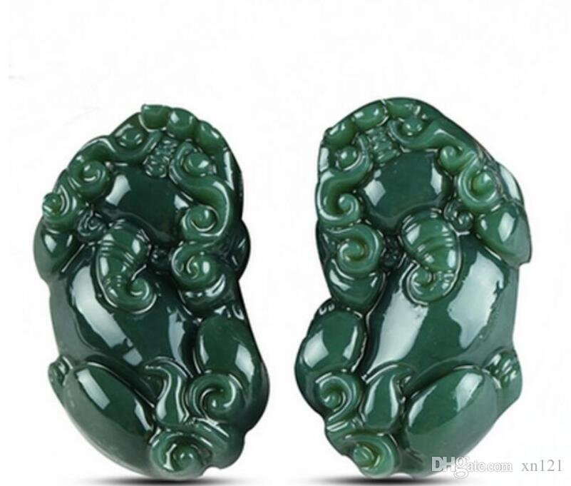 Xinjiang Hetian Yuqing jade pendants for men and women, lucky money, money, small pendants, carved and carved