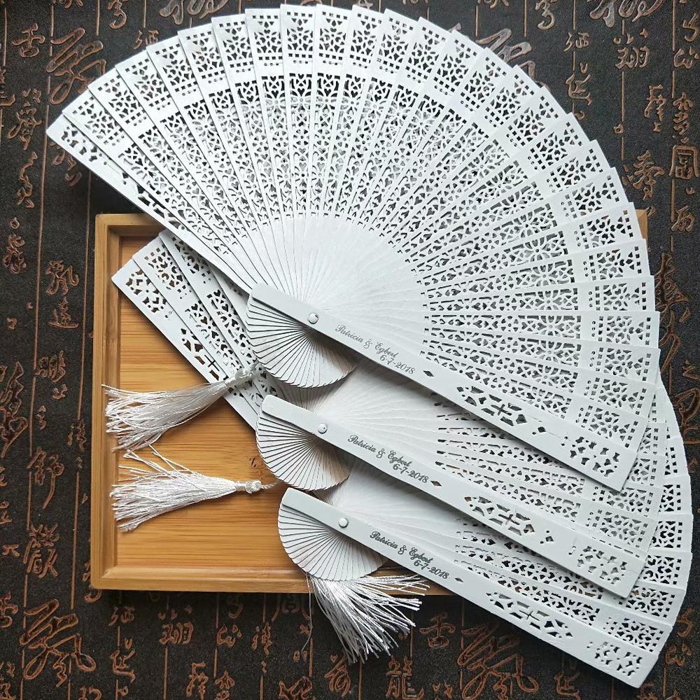 Grosshandel Weisse Hand Fan Holz Personalisierte Hochzeitsgeschenk