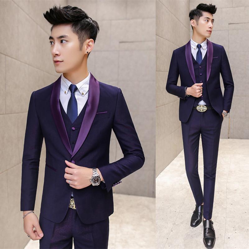 Compre Nuevo Lujo Esmoquin Hombres Trajes De Diseñador Traje De Boda Para  Hombres Esmoquin Slim Fit Azul Trajes Morados Blazers Chaqueta + Pantalones  + ... a806b55909b