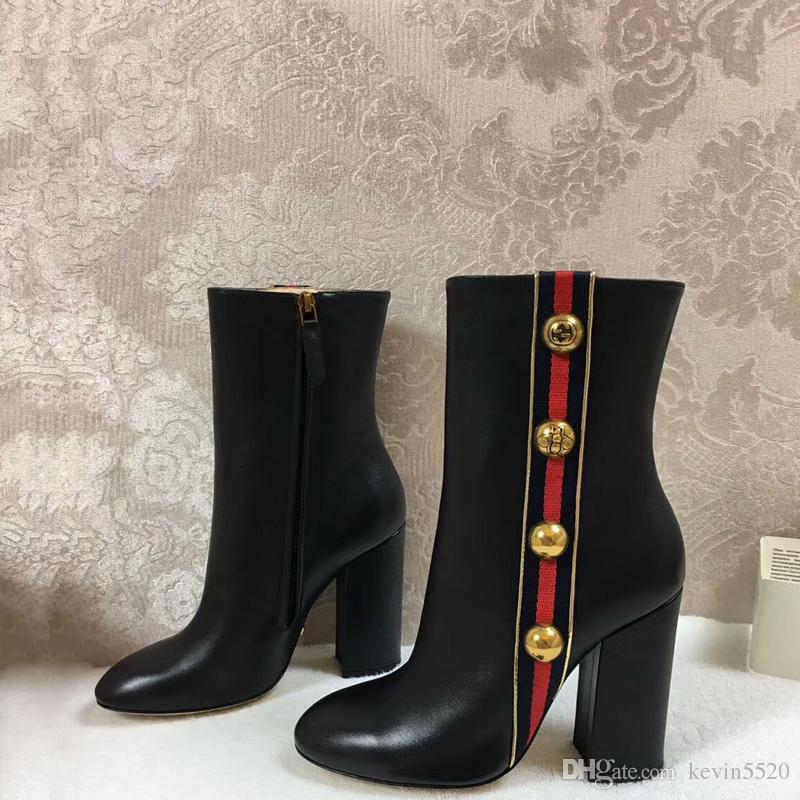 2018 donne moda tendenza stessa qualità stivali di pelle di pecora femminile di fascia alta laterale cerniera corta tacco grosso con fascino rivetto e striscia