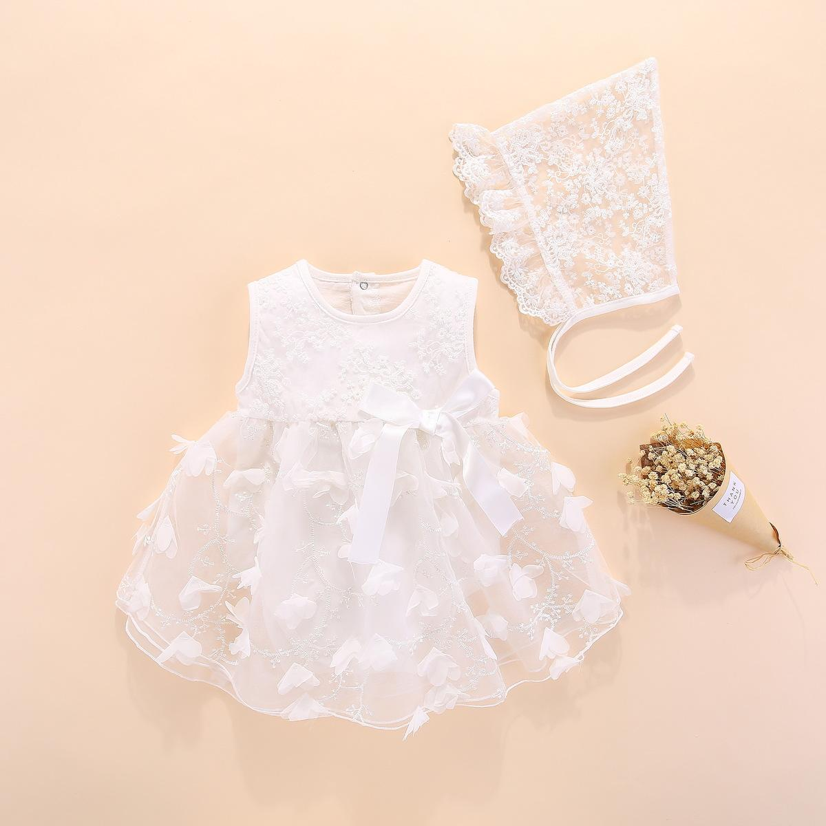 9aebd68eedc6 2019 Newborn Baby Girl Dresses Clothes Summer With Flower 0 3 6 Month Baby  Girl Dress For Party And Wedding Princess Style Clothes Y18102007 From  Gou07