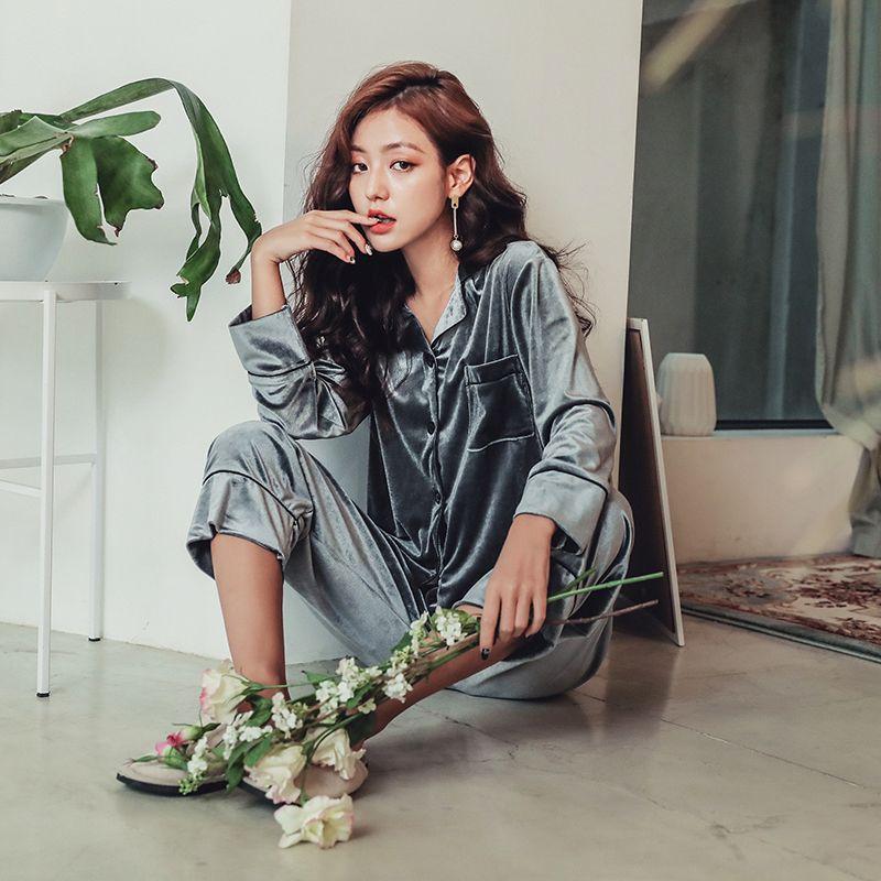 524701f35fef Women s Pajama Set 2018 Autumn Winter Warm Sleepwear Female Velvet ...