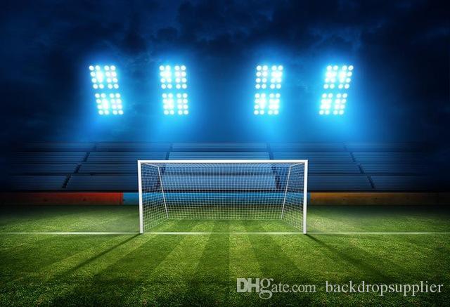 Acquista 7x5ft Stadio Vuoto Riflettore Blu Calcio Calcio Campo Verde