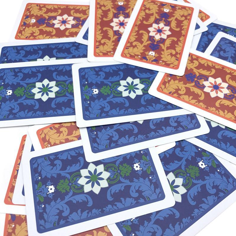 1 Sätze / Los 2 Farbe Für Rot Und Blau muster Baccarat Texas Hold'em PVC Poker Spiel Wasserdicht Kunststoff Spielen Poker Karten qenueson