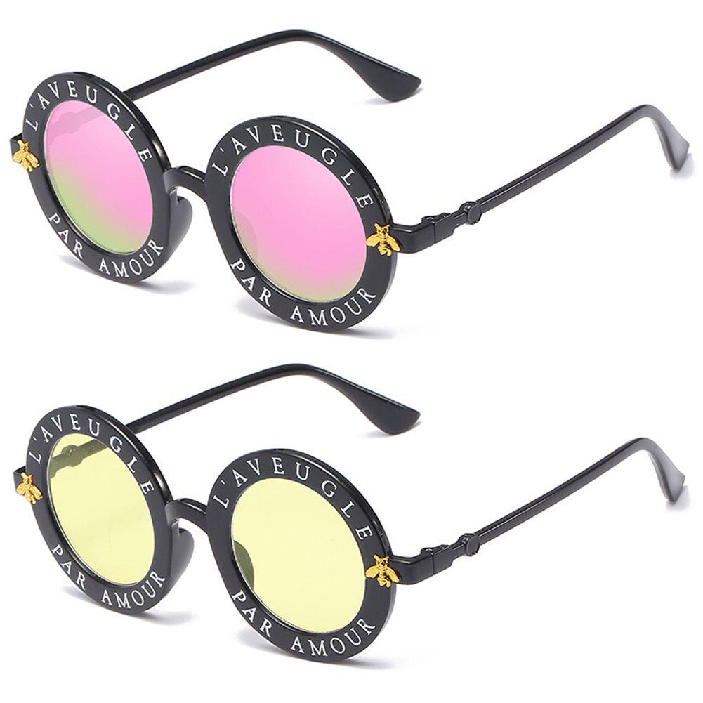605bd2d8b9 Wholesale New Fashion Trendy Sunglasses Retro Vintage Letters Round Frame  Sunglasses Unisex Small Bee Sunglasses Hot Sale Black Pink Eyewear Electric  ...