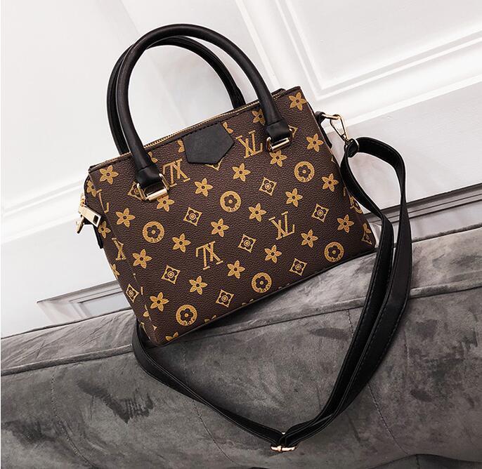 195135c575ef AAAaa+++ 2018 Hot Luxury Brand Women Letter Messenger Bag Shoulder Women  Fashion Chain Bag Fashion Leather Pu Totes Shoulder Bag Cross Body Messenger  Bags ...