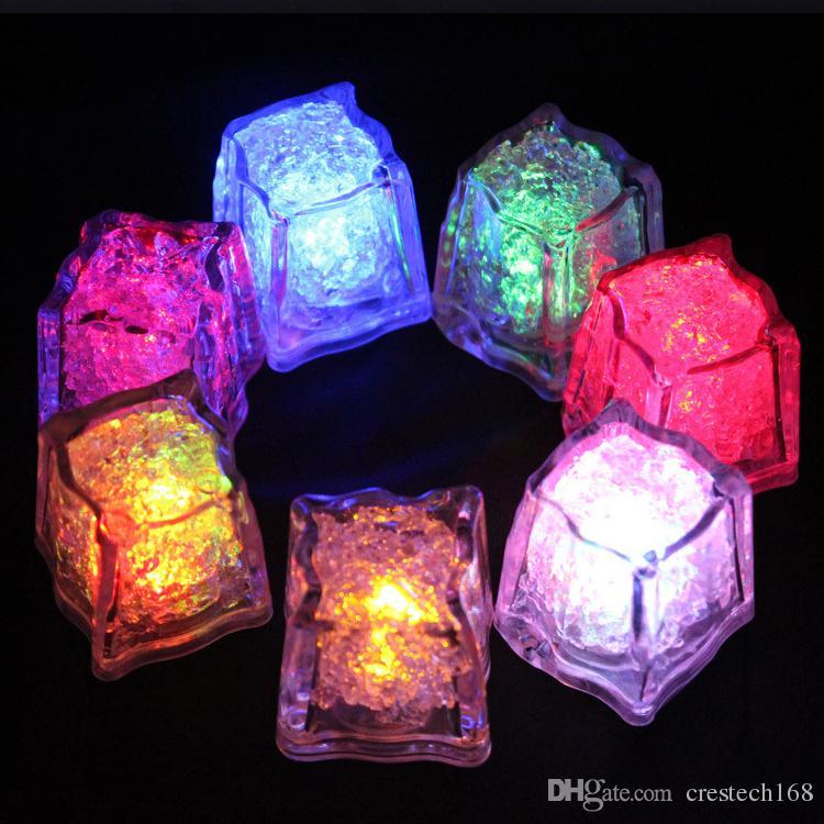 مكعب RGB فلاش LED أضواء مصابيح مكعبات الثلج فلاش السائل الاستشعار المياه الغاطسة LED بار تضيء للنادي حفل زفاف برج الشمبانيا