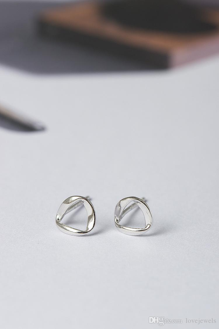 hot designer jewelry fashion 925 sterling silver stud earring Simple little girl twisting triangle female valentines charm earring wholesale