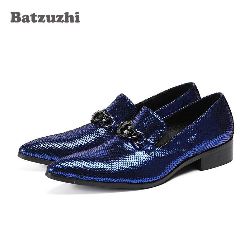 ebf33a950 Compre Batzuzhi Italiano Sapatos Masculinos De Luxo Poined Toe Azul Sapatos  De Vestido De Couro Dos Homens Flats Designer De Moda Oxfords Zapatos Hombre,  ...
