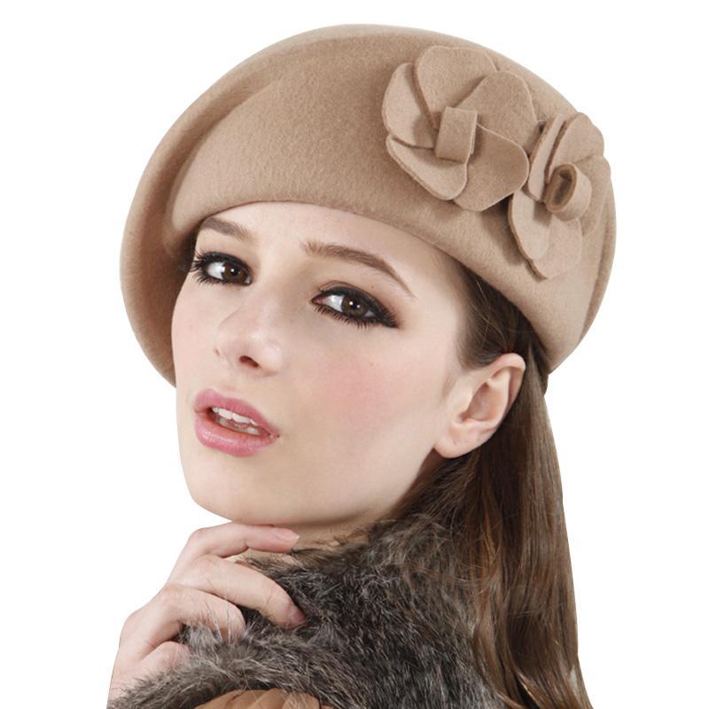 Compre Inglaterra Vintage Sombreros De Mujer Boinas De Lana De Lujo  Elegante Flor De Las Señoras Un Casquillo De Lana De Invierno Sombreros  Mujeres Cap ... 49af12bf15d