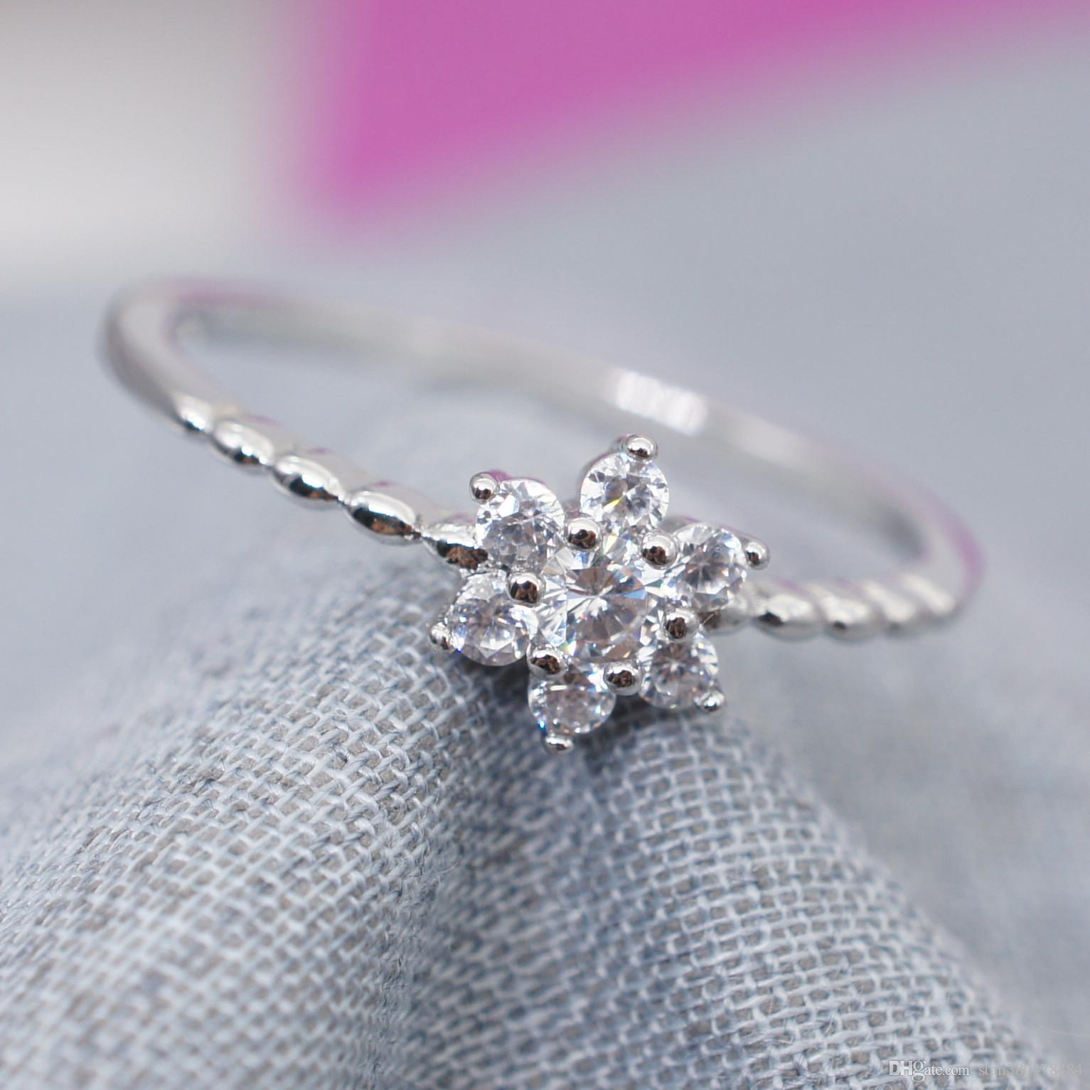 2019 2018 New Diamond Flower Snowflake Engagement Ring European And American Fashion Simple Tail Christmas Gift From Stan380478484: Diamond Flower Wedding Rings At Reisefeber.org