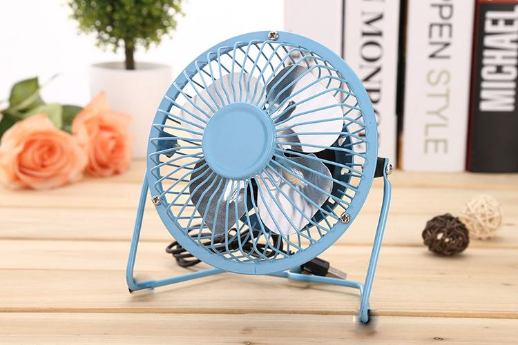 Aluminum Leaf Quiet Mini Table Desk Personal Fan And