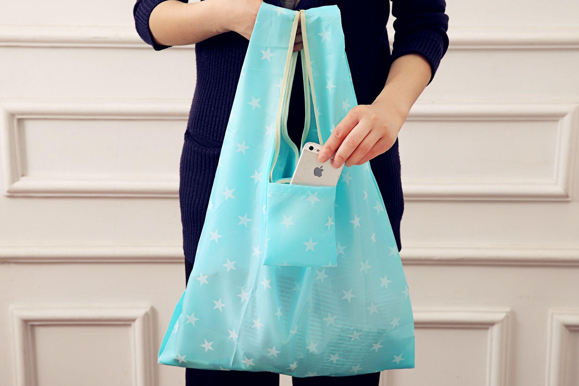 Bolsos de compras plegables de nylon Bolsa de almacenamiento de comestibles reutilizables Bolsos de compras ecológicos Bolsos de asas es W35 * H55cm HH7-1165