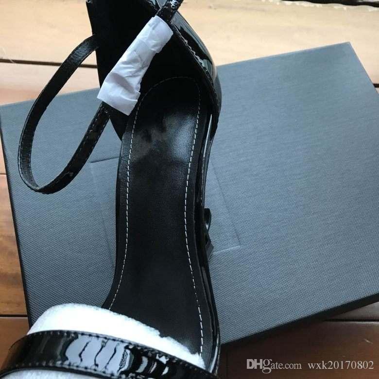 2018 Designer donna tacchi alti moda rivetti ragazze sexy scarpe a punta Scarpe da ballo scarpe da sposa Sandali con cinturini doppi
