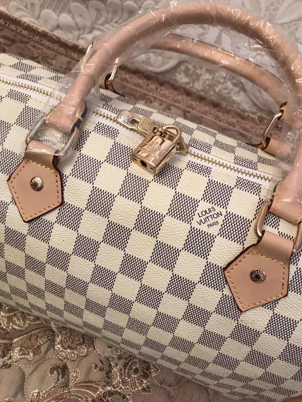 5d01009e2e 2018 Quality Women Messenger Bag Classic Style Fashion Bags Women ...