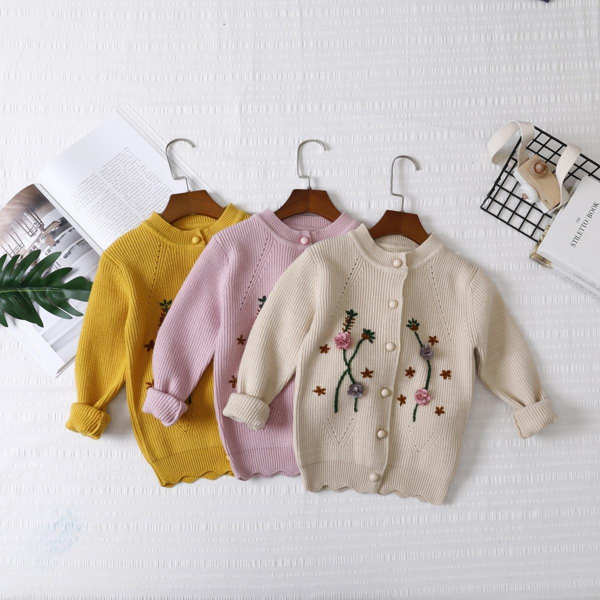99320d1a9a6954 Barrou Children s Garment Autumn And Winter Fund 2018 New Product Girl Sweater  Cardigan Embroidered Korean In Will Child Loose Coat Online with   31.98 Piece ...