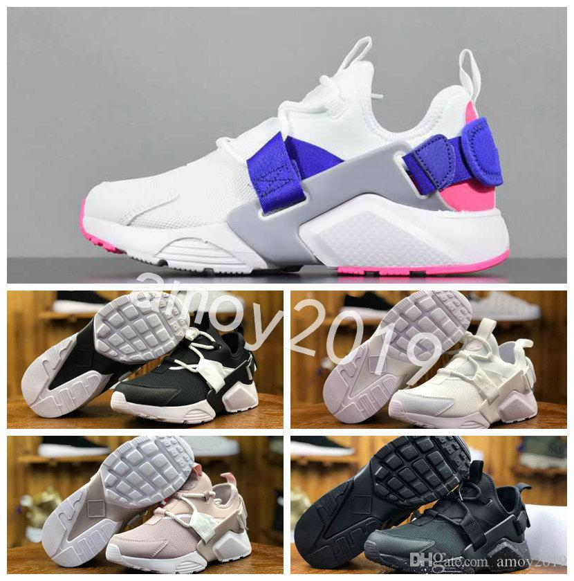 2018 New Huarache Ultra BR 5 V Air Running Shoes For Men Women Green Black  Sneakers Huaraches Mens Trainers Boot Huraches Sports Shoes Running Shoe  Best ... 4978525aa3