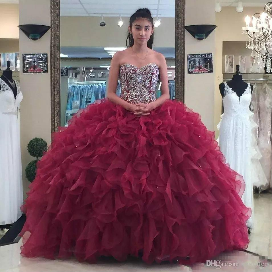 Dark Red Quinceanera Dresses Strapless Sweetheart Luxury Ruffle Bling Beaded Sequins Burgundy Prom Dresses Ball Gown Evening Dress