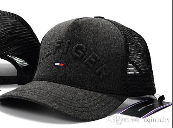 Compre Venta Al Por Mayor De Grado Superior Visera Curva Gorras De Béisbol  Para Hombres 7090f251c87