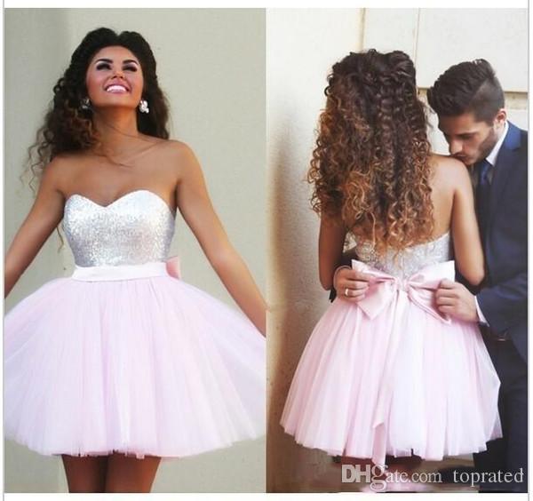 2019 elegante vestido de fiesta rosado Vestidos de Fiesta Lentejuelas Gran lazo de la cinta Sin tirantes Volver abierto Barato corto Mini vestido de fiesta por encargo