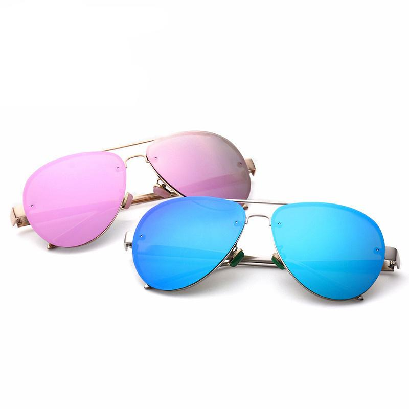 823997a7dc Compre Marca Gafas De Sol New Luxury Pilots Fine Metal Nuevo Diseñador  Clásico Moda Lady Brand Gafas De Sol Original Packaging Lente Gafas Hombres  Mujeres A ...