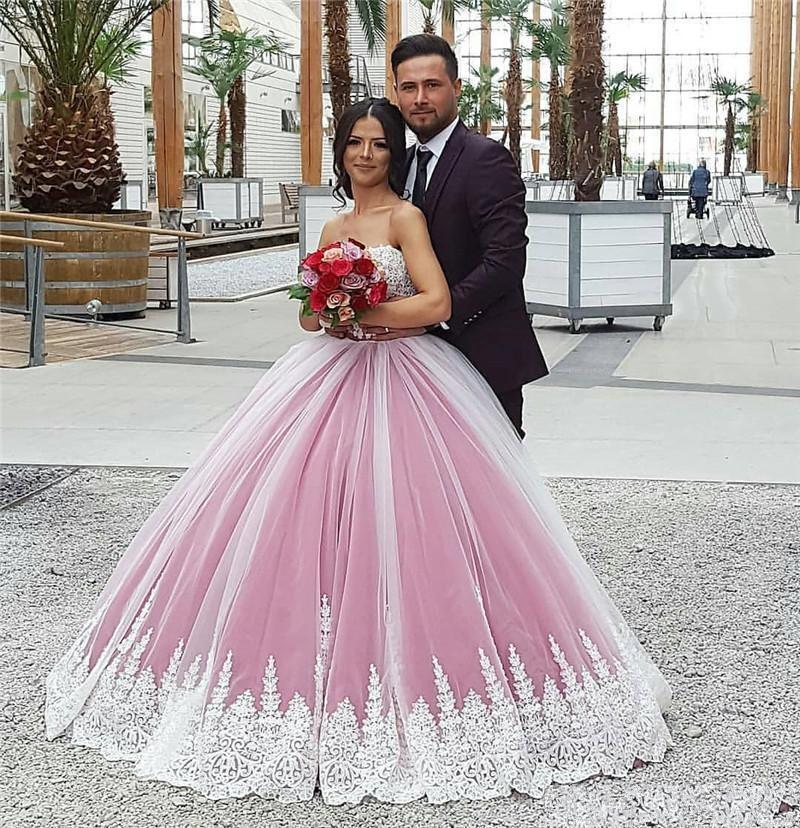 Arabia Saudita árabe vestido de fiesta Vestidos de baile 2018 Apliques de encaje de novia vintage Quinceanera Vestidos de cumpleaños Vestidos de fiesta de noche formal