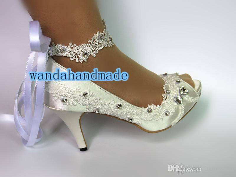 Fish mouth lace wedding shoe silks and satins bride bridesmaid wedding photos butterfly bracelet wrist strap bind diamond singles