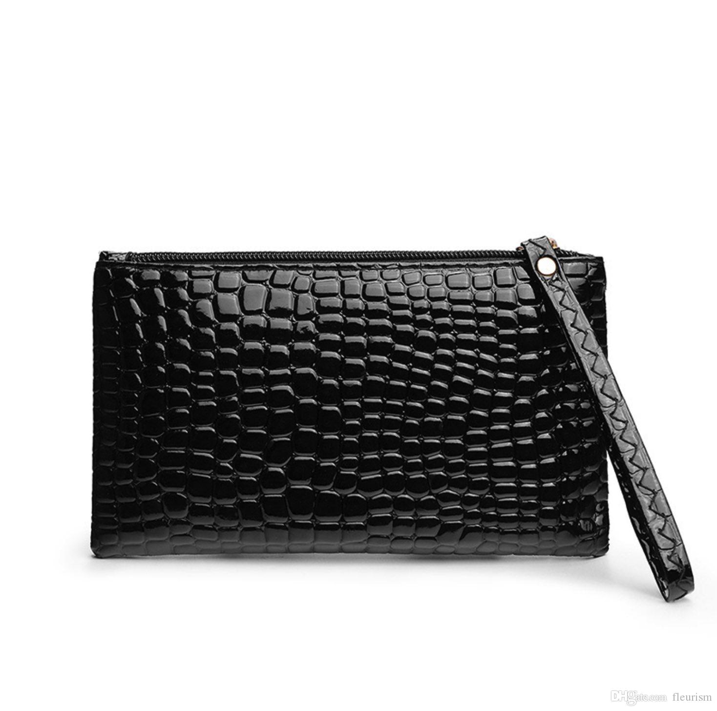 Women S Hand Holding Mobile Phone Bag Coin Purse Crocodile Pattern Simple  Design Fashion Women Mandatory Evening Package White Handbags Ladies Purses  From ... dc6916cc165ea
