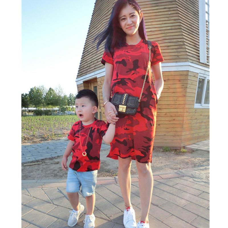 a08443dae34 2018 Summer Dress Mother Father Son Matching Clothes Mother Son Outfits  Father And Son Clothes Family Look Mommy And Me Clothes Parent Child  Matching ...