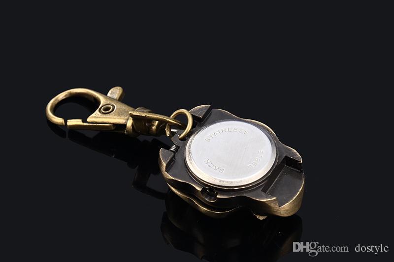 Classic Antique Brass Skull Skeleton Metal Watch Portachiavi Portachiavi Portachiavi Catenella Portachiavi Collana Orologi da taschino Donna Uomo Portatile