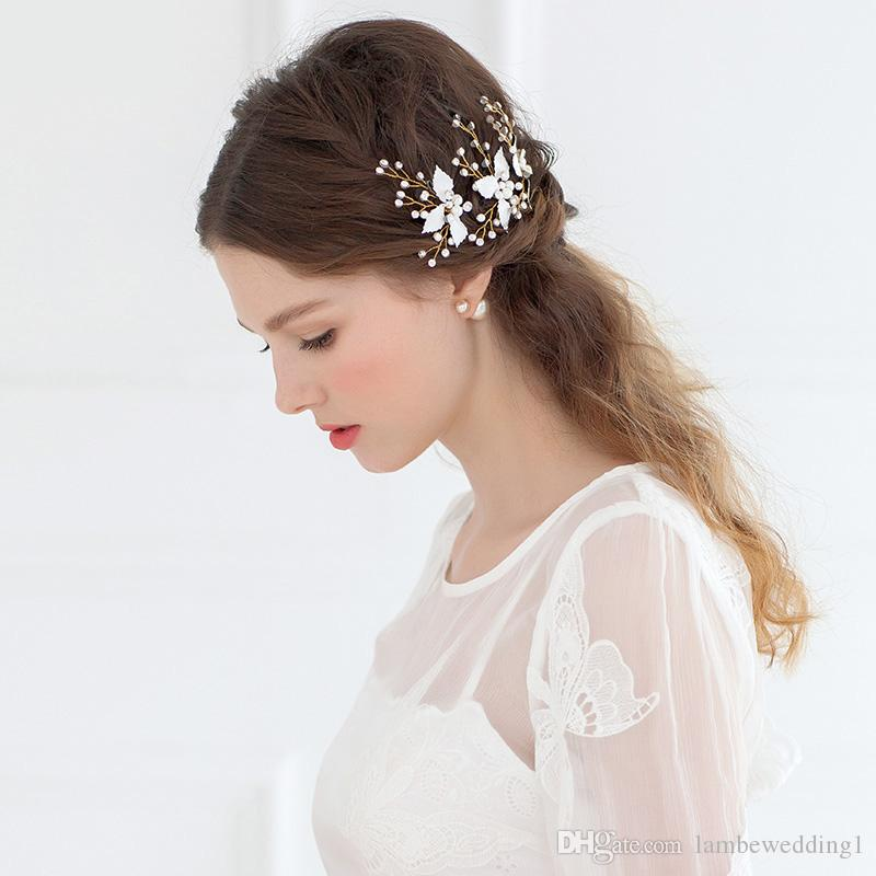Handmade Delicate Bridal Accessories Gold Hair Pins For Wedding Rhinestone Bridal Headpieces With Pearls Glinting Leaves Hair Adornments