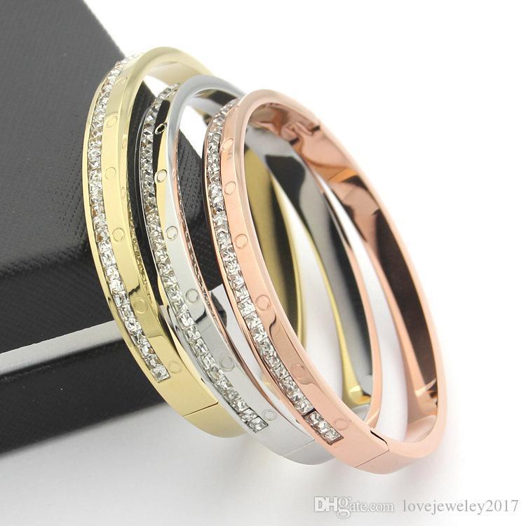 bd044a6168b3 Compre Nuevo Diseño Brazalete De Oro De Acero De Titanio Con Diamantes  Pulseras De Plata De Oro Rosa Para Mujeres Y Hombres Ancho 0.8cm Marca De  Moda ...