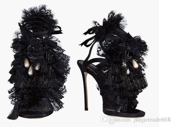 Nueva lista 2018 Negro encaje bombilla de pelo sexy ultra fina con etapa de peluquería zapatos de alta calidad personalidad moda mujer sandalias moldeadas