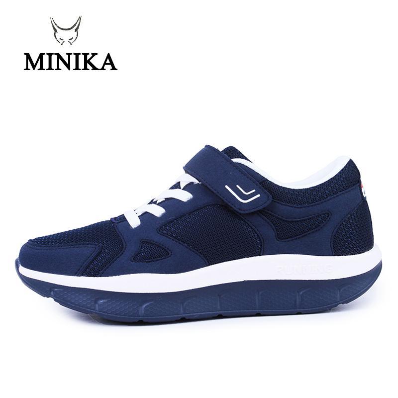eb3c46b7a Compre 2019 Mulheres Sapatos Confortáveis Sapatos De Plataforma Mãe Sapato  De Malha Respirável Zapatos De Mujer 2018 Tênis Esportivos De Fitness  Sapatos ...
