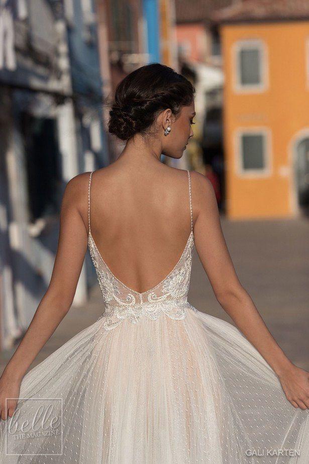 2020 Gali Karten 웨딩 드레스 라인 스파게티 스윕 기차 레이스 Applique 비즈 비치 웨딩 드레스 환상 저렴한 신부 가운 플러스 크기