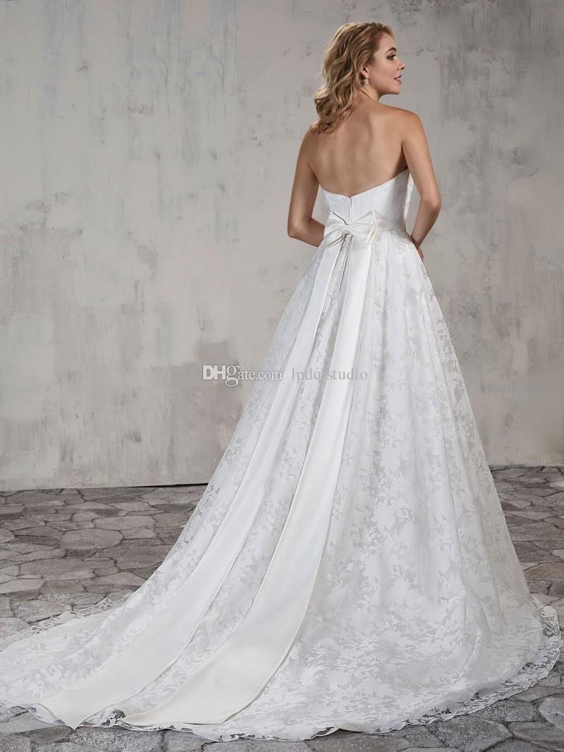 Vestido de novia de encaje de marfil 2018 Nuevo estilo de la llegada del país sin tirantes tren de barrido cierre de cremallera por encargo más el tamaño