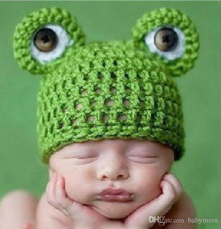 Compre Bebé Lindo Bebé Recién Nacido Hecho A Mano Crochet Knit Cap Rana  Sombrero Disfraz Fotografía Prop Bebés Mes De Punto De Dibujos Animados  Animal ... ee42a1d06f5