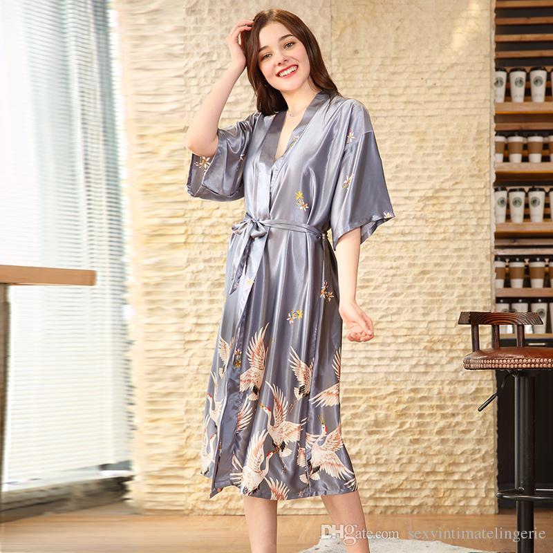ccc92c0f34e7a8 Großhandel Luxus Frühling Lange Nachthemd Kimono Robe Bademantel Flora  Pyjamas Weibliche Seide Nachtwäsche Halbe Hülse Dame Nachtwäsche Pijama  Feminino Von ...