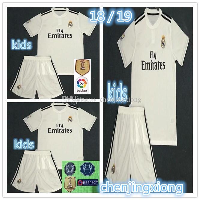 AAA+ 18 19 Real Madrid Kid S Home Jersey 18 19 Real Madrid Ronaldo BENZEMA  BALE SERGIO Ramos MORATA ISCO NAVAS ASENSIO Jersey Kids Set UK 2019 From ... 25f74b4dc