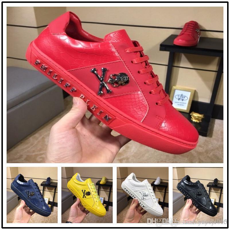 b7b0ecce65068c Großhandel Neue Schwarze Leder High Top Red Bottom Schuhe Männer Frauen  Flache Rote Sohle Schuhe High Sneaker Lace Up Freizeitschuhe Von  Laishamaoyi005