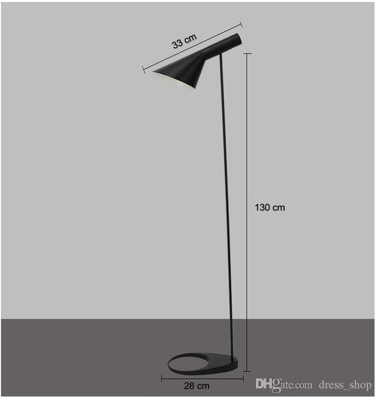 AJ Lámpara de pie E27 Negro / Blanco Arne Jacobsen Louis Poulsen Soporte de metal Luces de piso para sala de estar / Casa de campo / Bar / Hotel