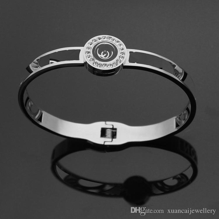 Titanium bracelet wholesale hollow V letter black Medallion mud Diamond Bracelet 18 Karat Gold Bracelet