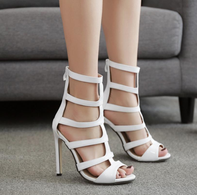 2d69cb5dd Compre Novas Mulheres De Verão Gladiador Sapatos De Salto Alto Sandálias  Mulher Oco Out Senhoras Sexy Peep Toe Bombas Stilettos Blahnik De Muge119,  ...