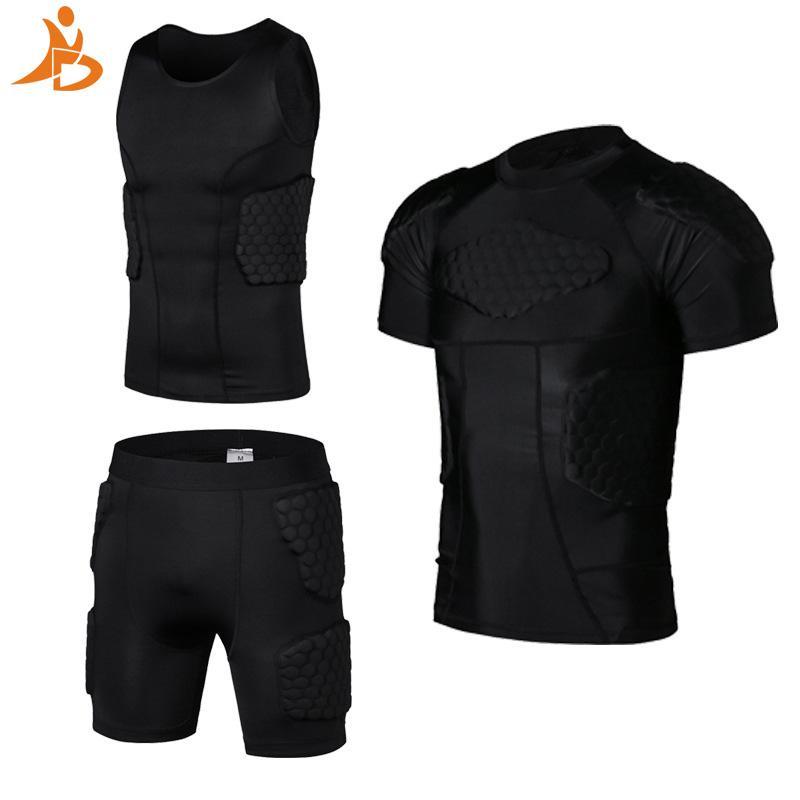43879ac6c Compre YD Novo Futebol Rugby Basketball Armor Colete Shorts Anti Bater  Esporte Sportwear Colete De Segurança Curto Com Favo De Mel Pad Terno De  Basquete De ...