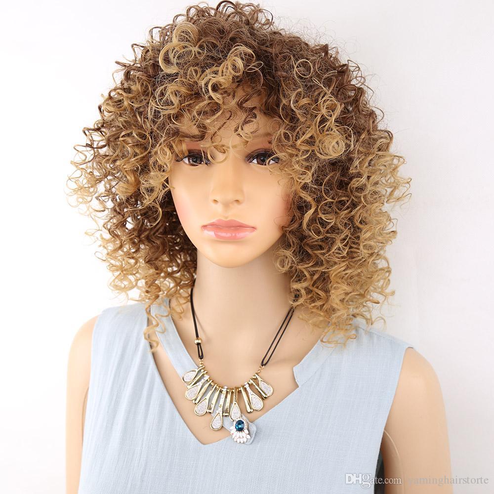 짧은 금발과 갈색 아프리카 곱슬 곱슬 가발 솜털 가발 미국 여성 합성 머리 높은 온도 코스프레