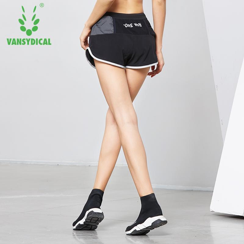 Compre Shorts De Esportes De Corrida Das Mulheres Quick Dry Calções De  Treinamento De Fitness Feminino Duplo Forro Yoga Leggings 2 Em 1 Dança De  ... 7566f6f87ead3